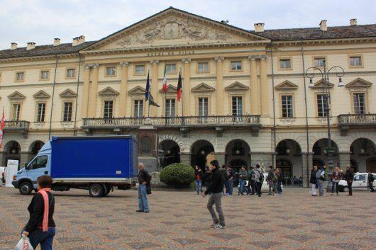 piazza-chanoux