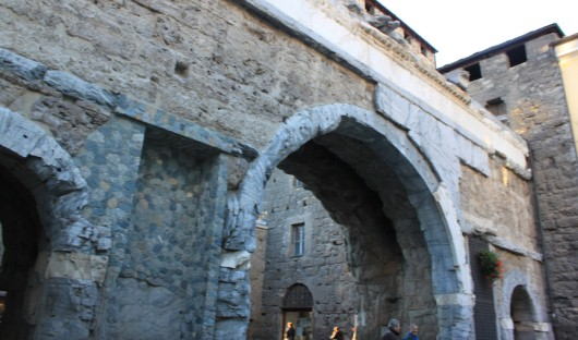 Porta-pretoria1x530