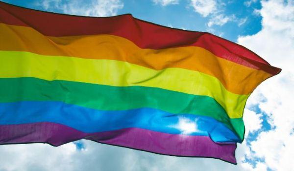 Omofobia, in Consiglio Valle arriva una proposta di legge