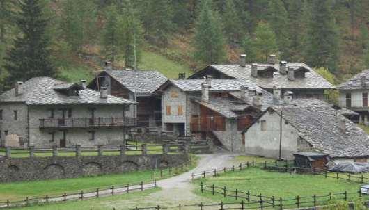 Case-villaggio1