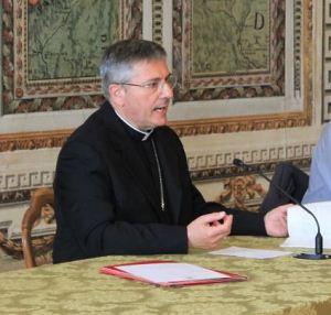 vescovo Franco Lovignana