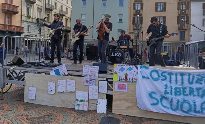 Manifestazione piazza Chanoux