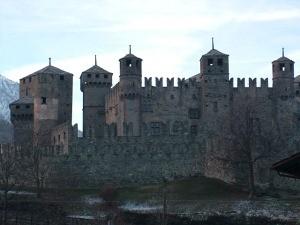 Turismo aumentano i prezzi di ingresso ai castelli della for Porte dorica castelli prezzi