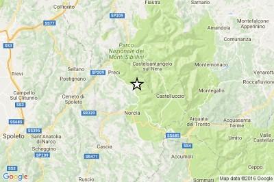 Terremoto, forte scossa oggi 30 Ottobre alle 7.40. Paura in centro Italia