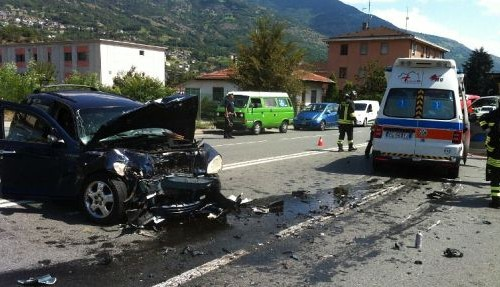Incidente-ambulanza9ago17x530