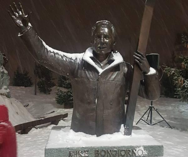 Mike Bongiorno statua