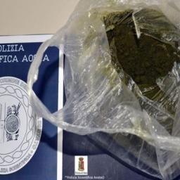 Arrestato per droga al Monte Bianco, giudice dispone perizia